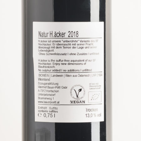 haecker-blaufraenkisch-naturwein-aus-oesterreich-weingut-bauer-poeltl